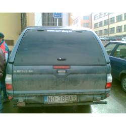Samonosné sklo zadních dveří na S560 mitsubishi L200 - Strada CMLD