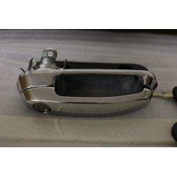Klika se zámkem a klíči pro hardtop Carryboy - Chrom - povrch